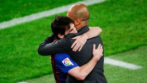 """Guardiola, """"Messi'nin futbolu Barcelona'da bırakmasını istiyorum"""""""
