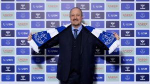 Moshiri: Bizi başarıya götürecek en doğru isim Benitez!